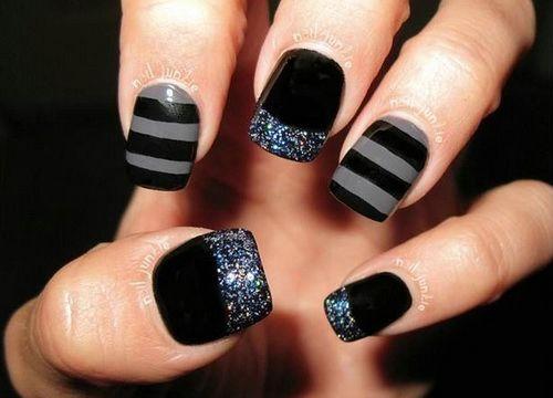 Grey and Black Nail Art