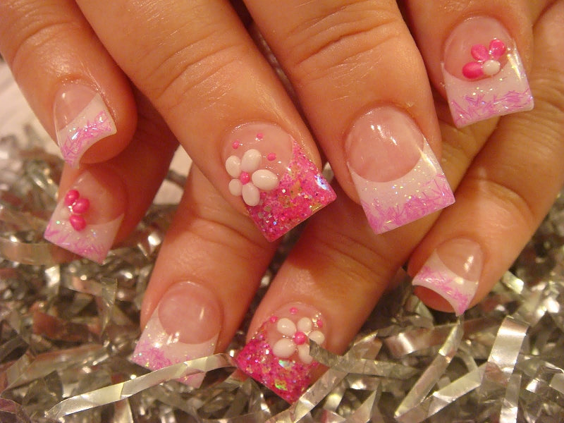 13 Pretty Nail Art Designs Images