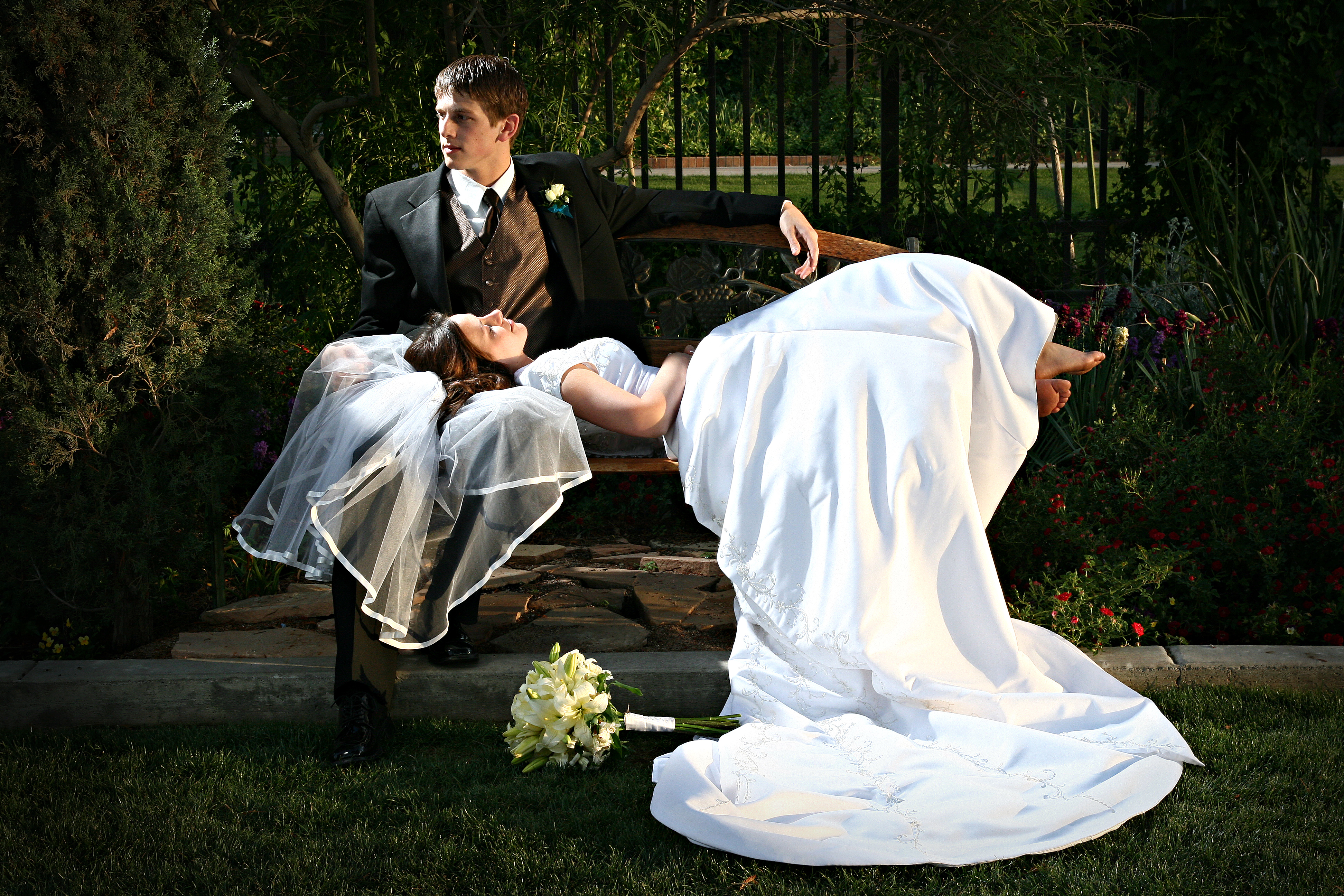 10 Wedding Photography Poses Images