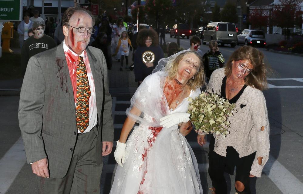 5 Zombie Harvest Font Images