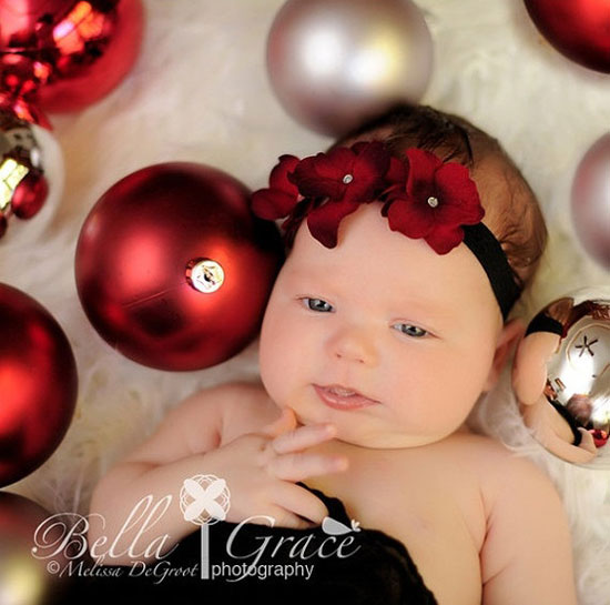 Newborn baby girl christmas photo idea