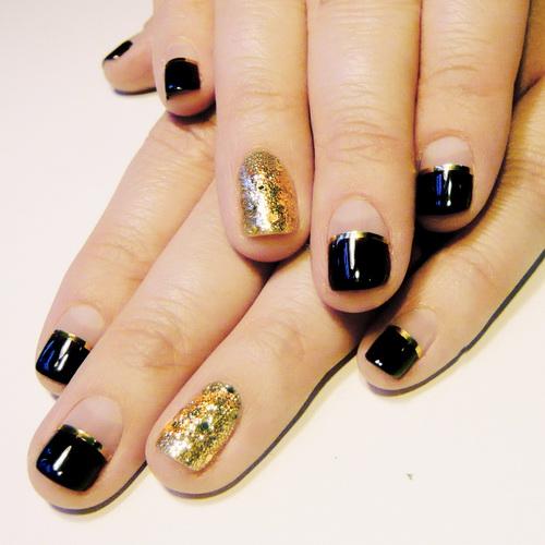 Black and Gold Short Nail Designs