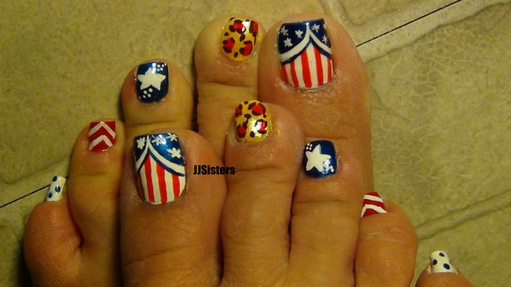 July 4 Nail Toe Design