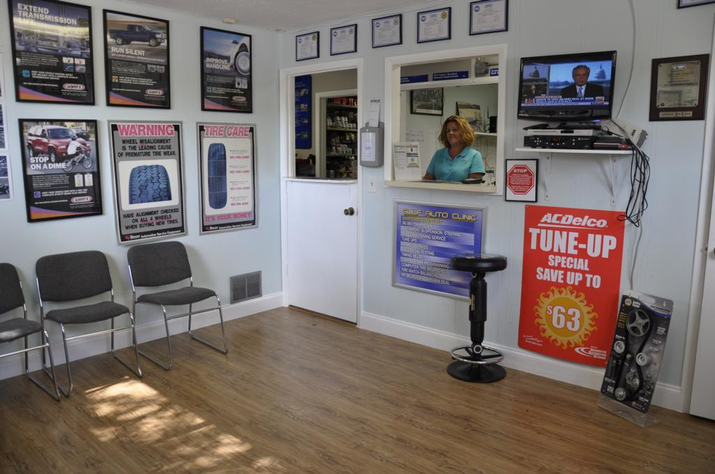 Best Automotive Waiting Room