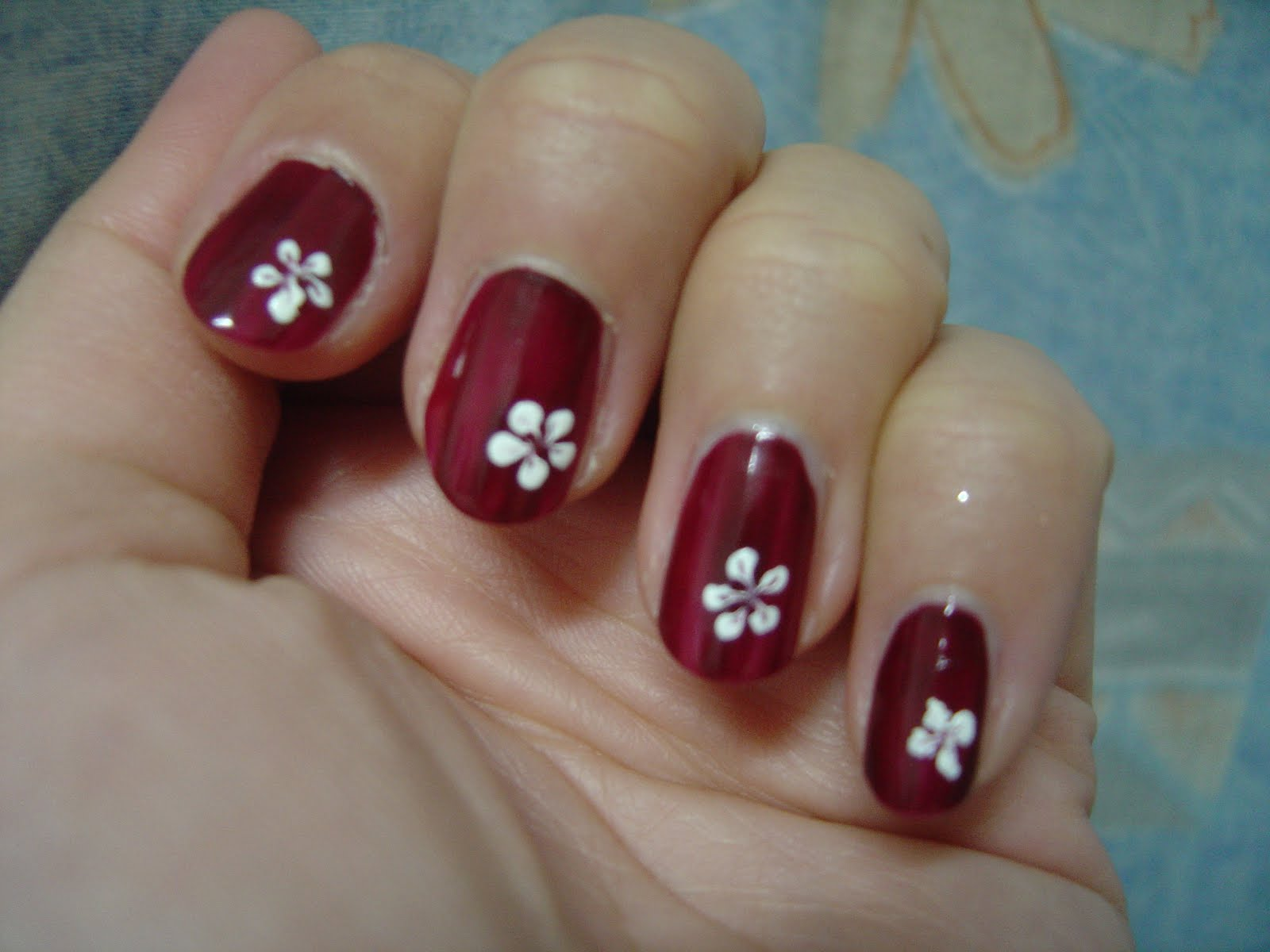 Simple Nail Designs Flowers