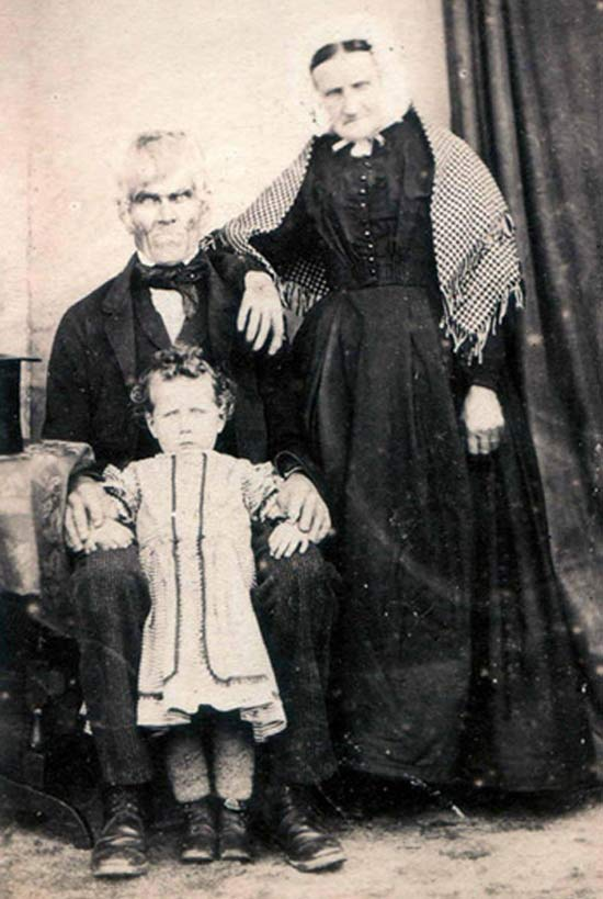 Creepy Old Family Portraits