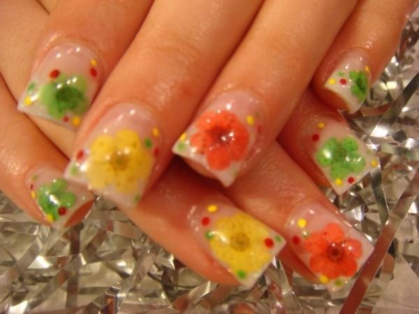 Cute Orange Nail Design
