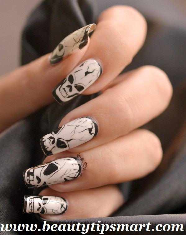 Halloween Ghost Nail Art Designs