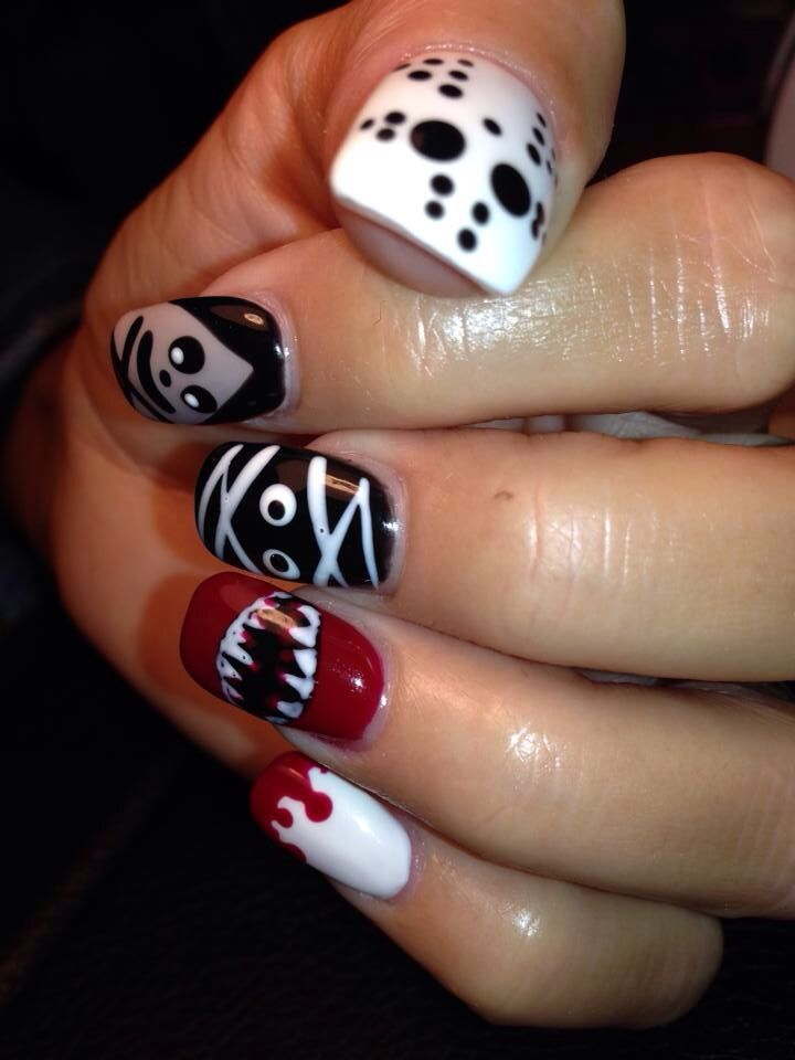 Horror Halloween Nail Art