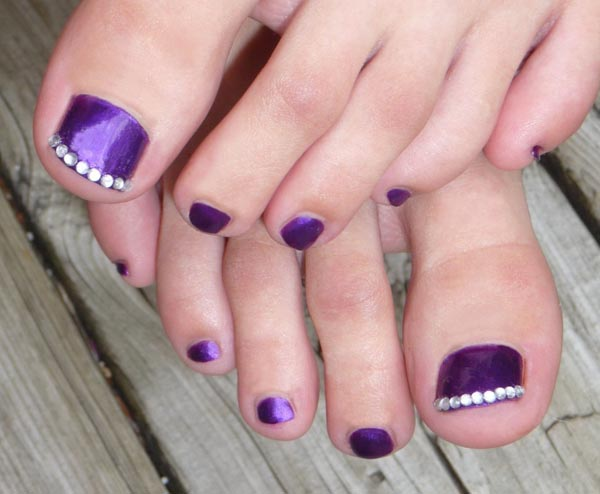 Toe Nail Design with Rhinestones
