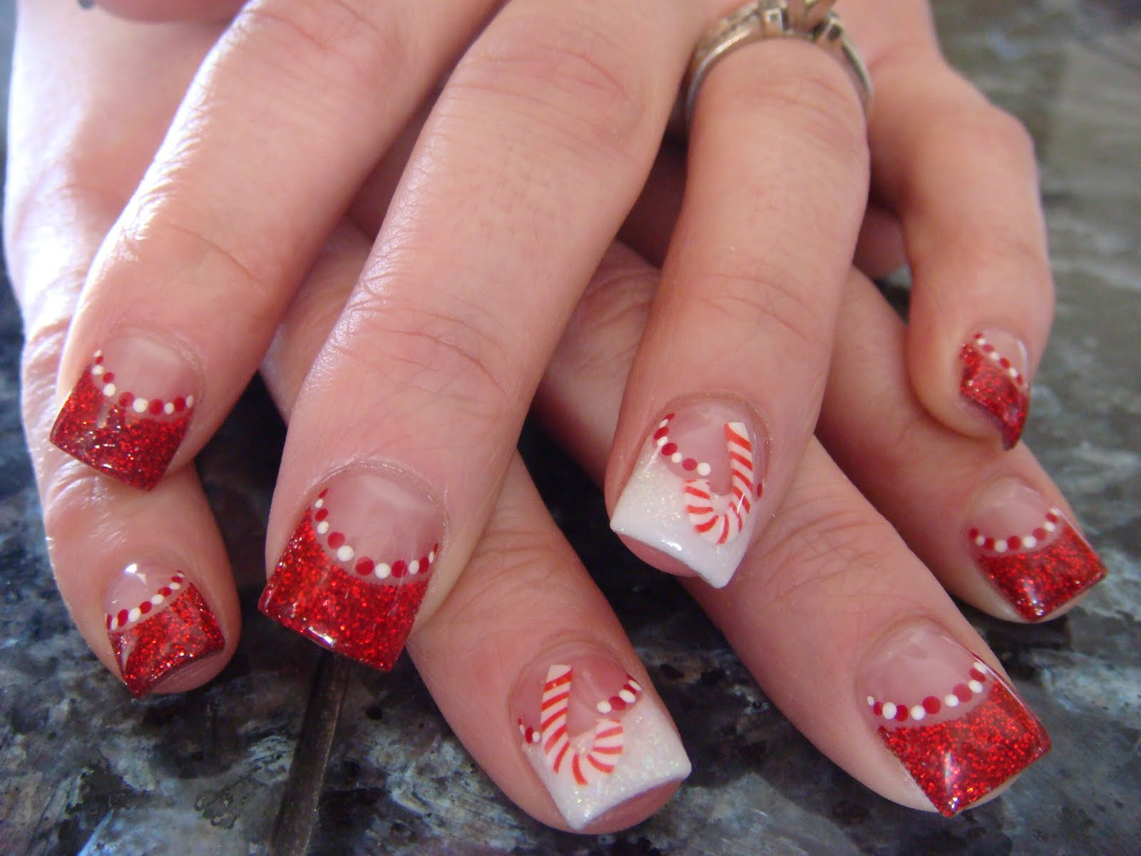 14 Christmas Acrylic Nails With Designs Images