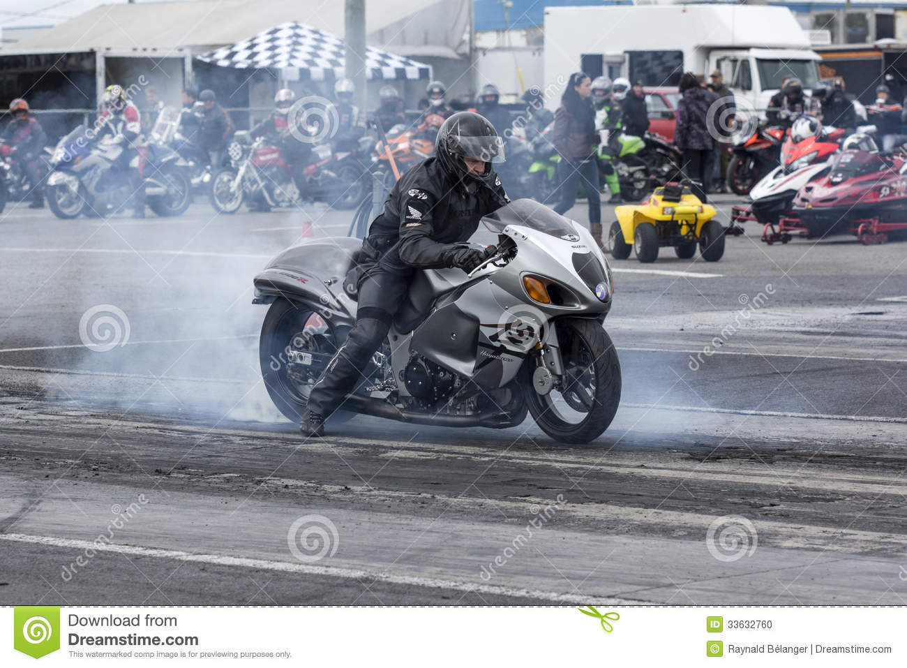 Motorcycle StartingLine Drag