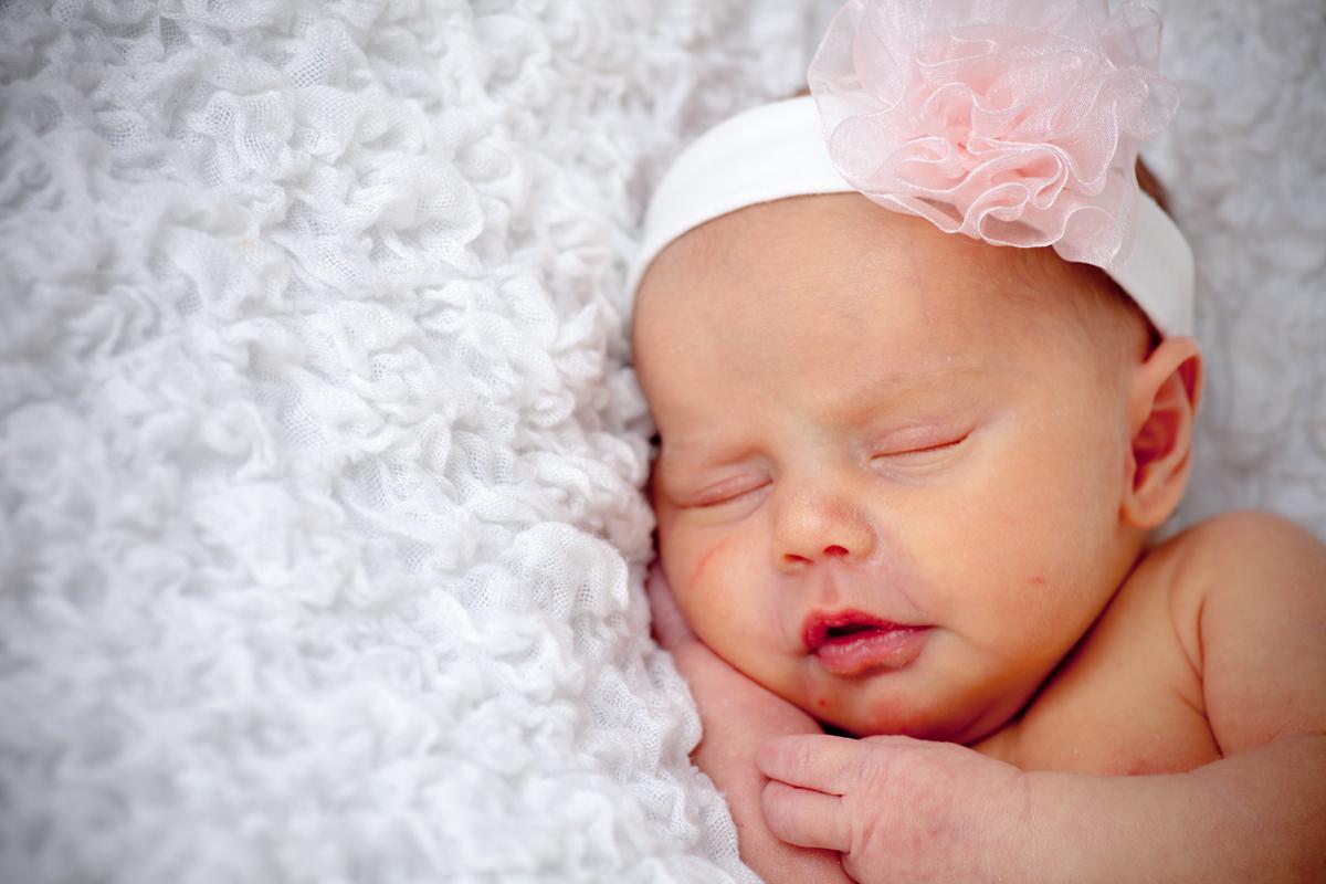9 Newborn Photography Ideas Images