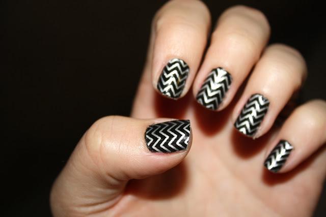Black and Silver Nail Art Designs