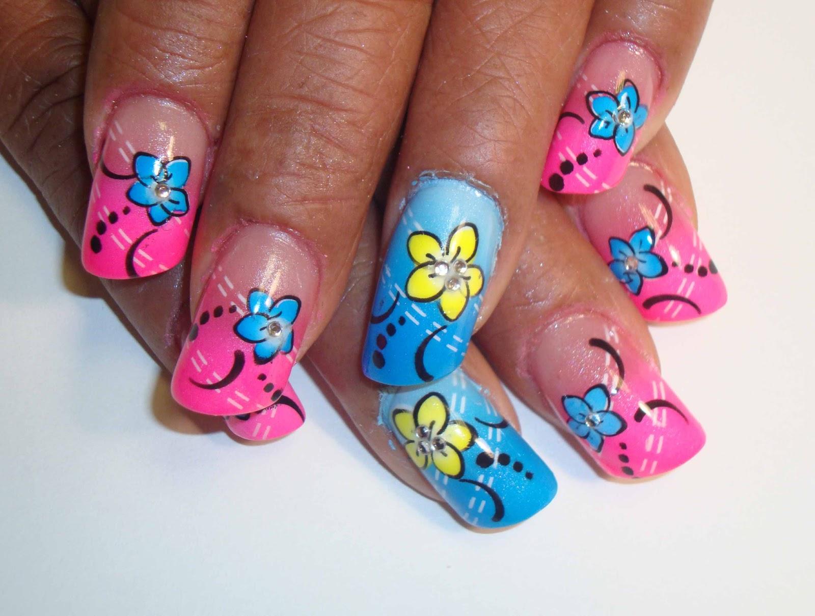 Flower-Design-Nail-Art-New