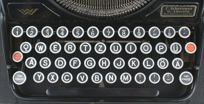 9 German SS Font Images