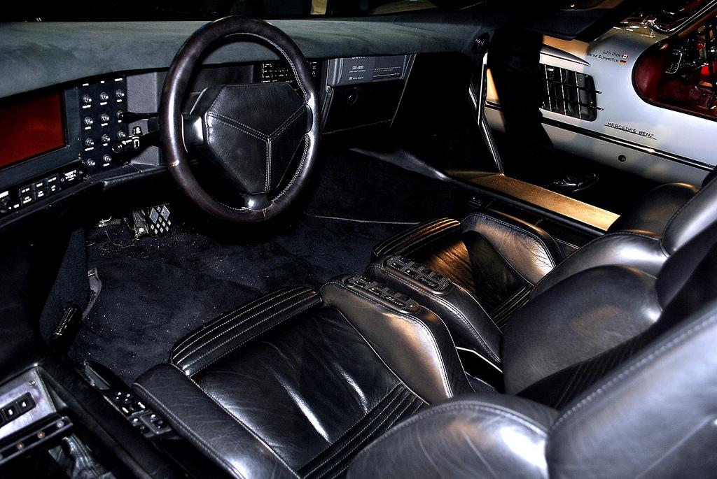 Vector W8 Interior