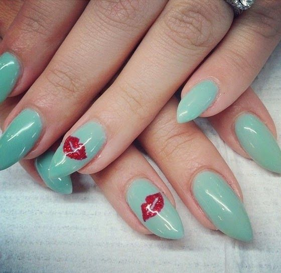 13 New Pointy Nail Designs Images
