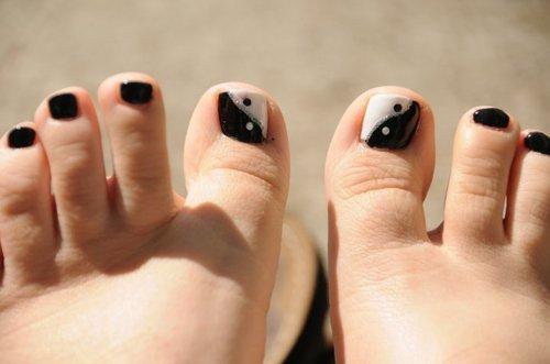 14 White Toe Nail Polish Designs Images And White Black Toenail