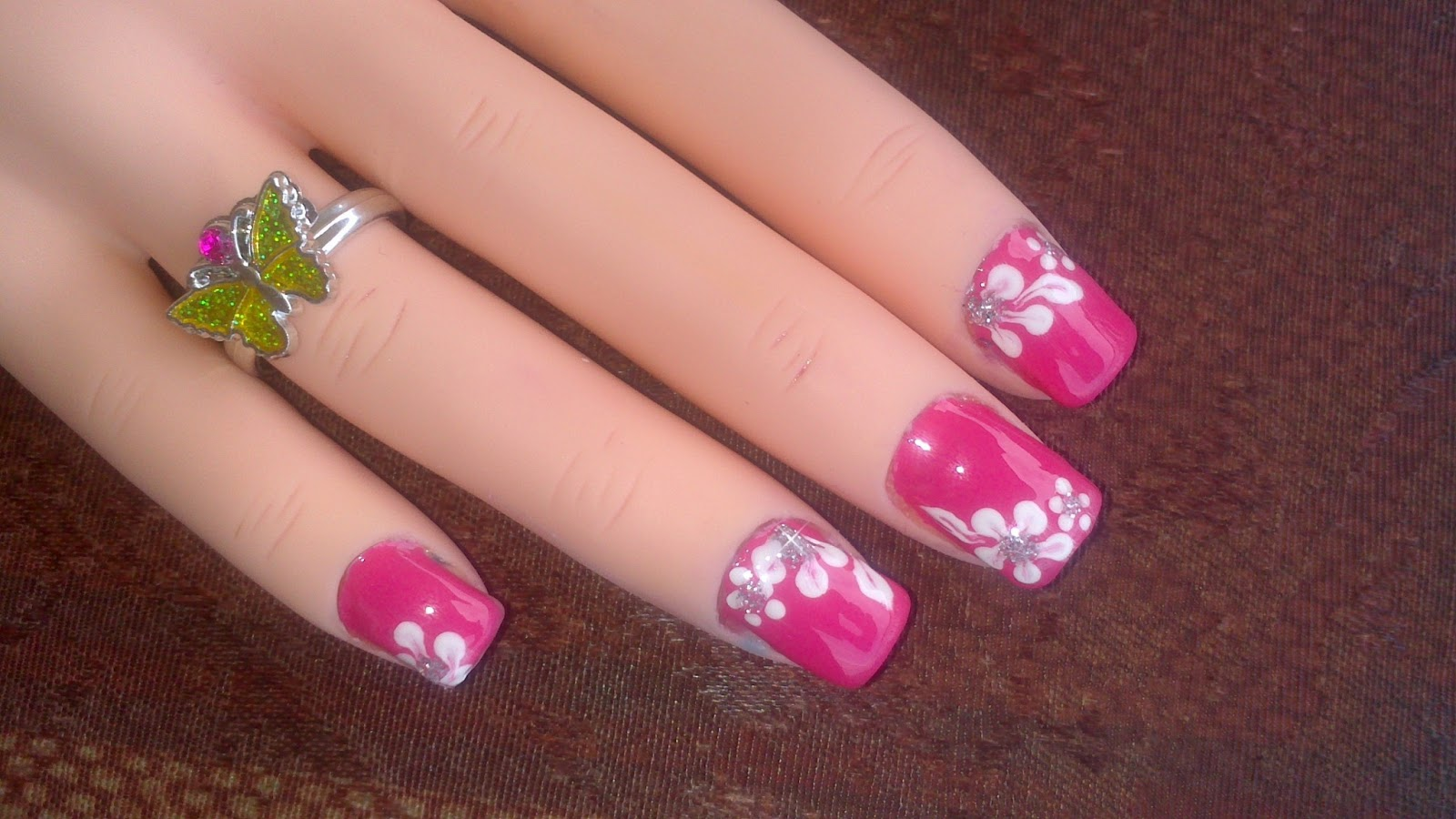 45 Easy Flower Nail Art Designs For Beginners - dinocro.info