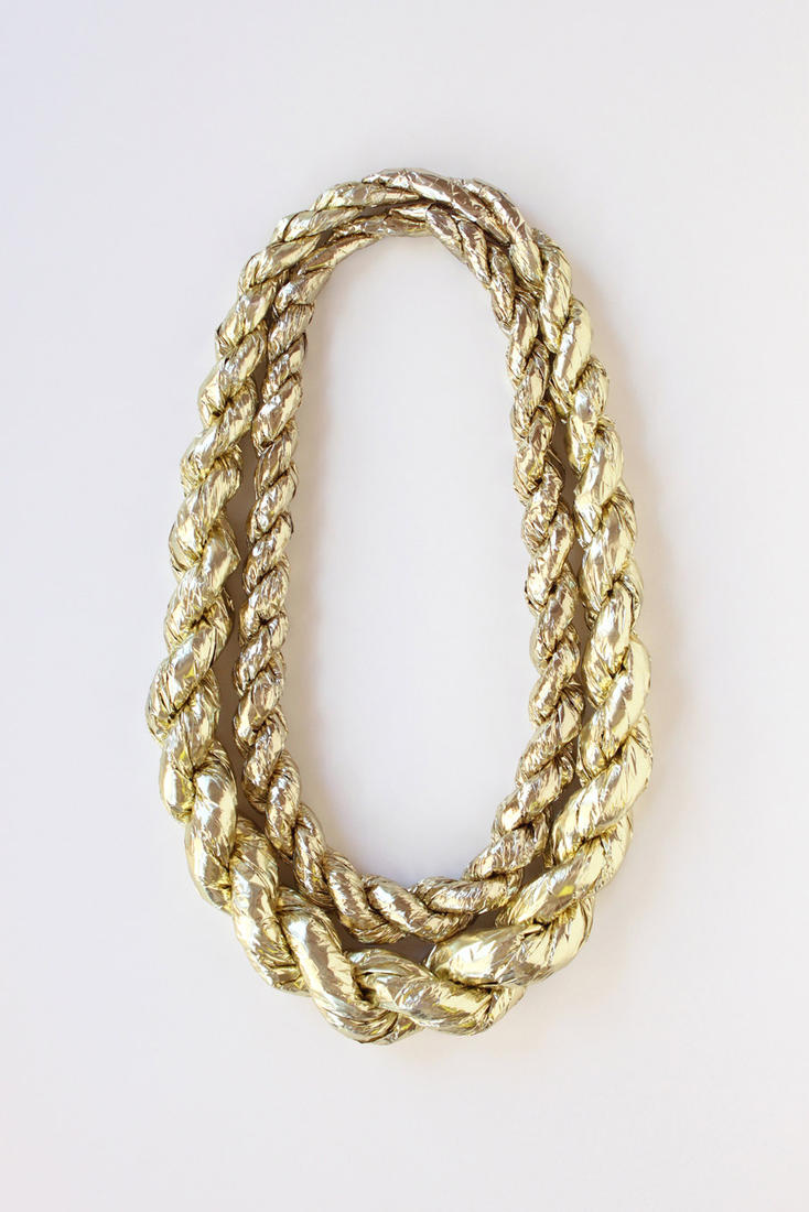 12 Rope Gold Chains PSD Images