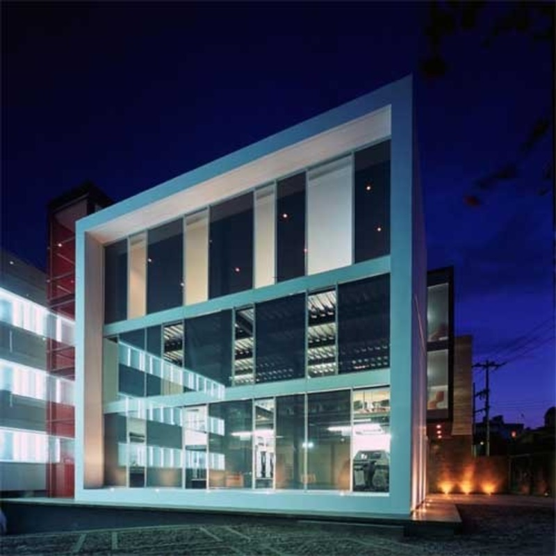 7 modern office building design images small office for Office building plans and designs