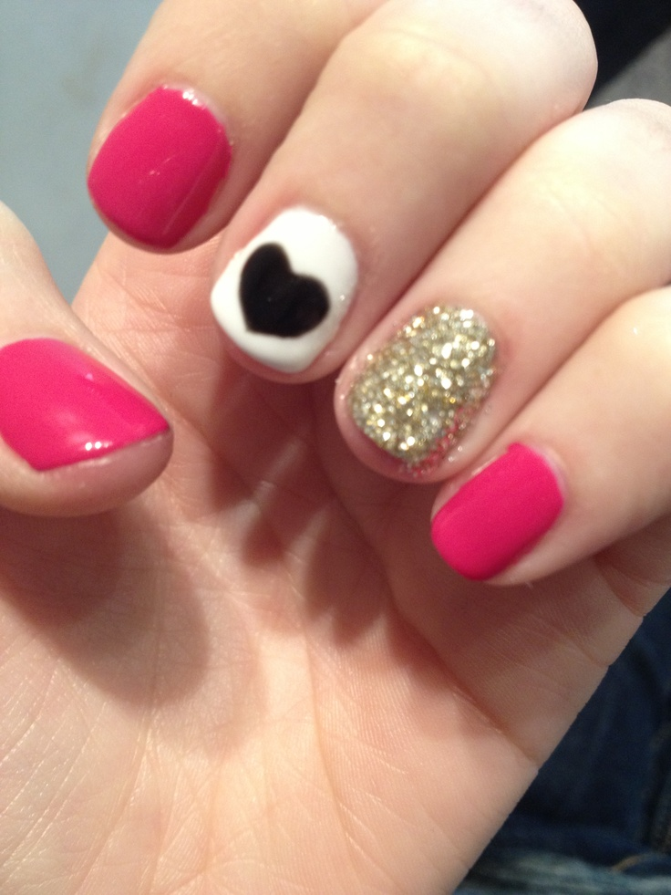 16 Pretty Nail Designs For Short Nails Images