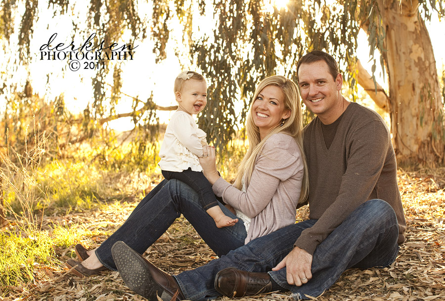 Cute Family Photo Ideas For Fall