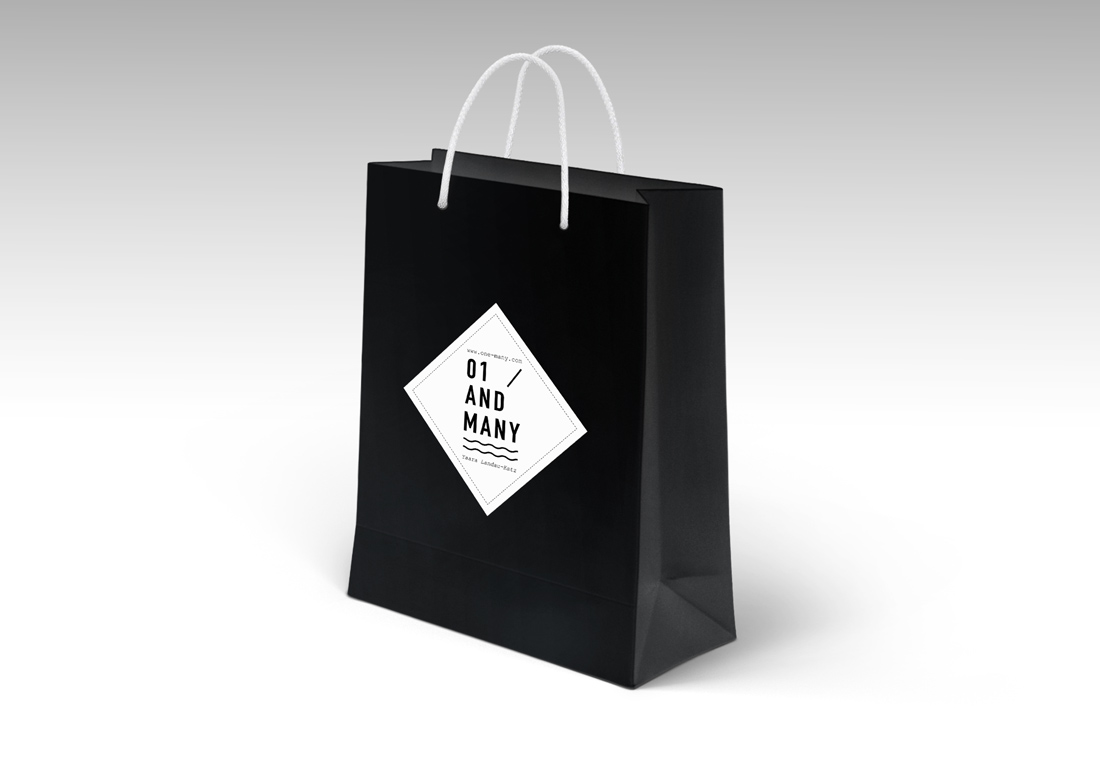 Logo Shopping Bag PSD Mockup Free