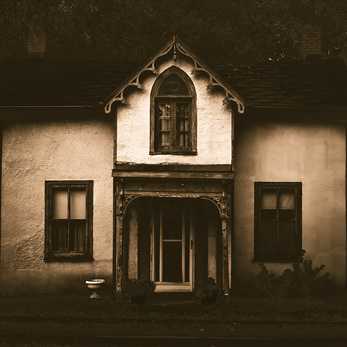 8 Creative Commons Stock Photography Haunted Houses Images