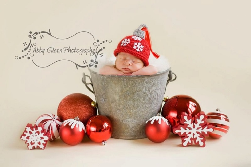 Newborn Baby Christmas Photography