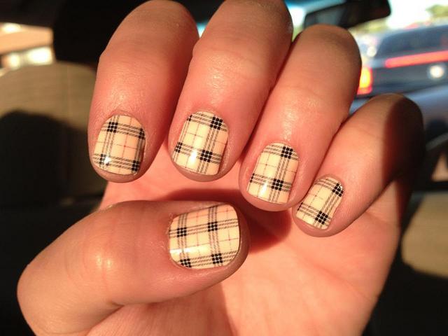 Nail Polish Designs for Short Nails