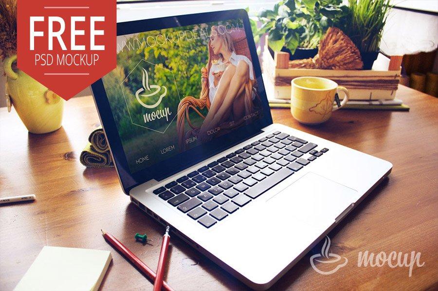 MacBook Mockup Psd Free