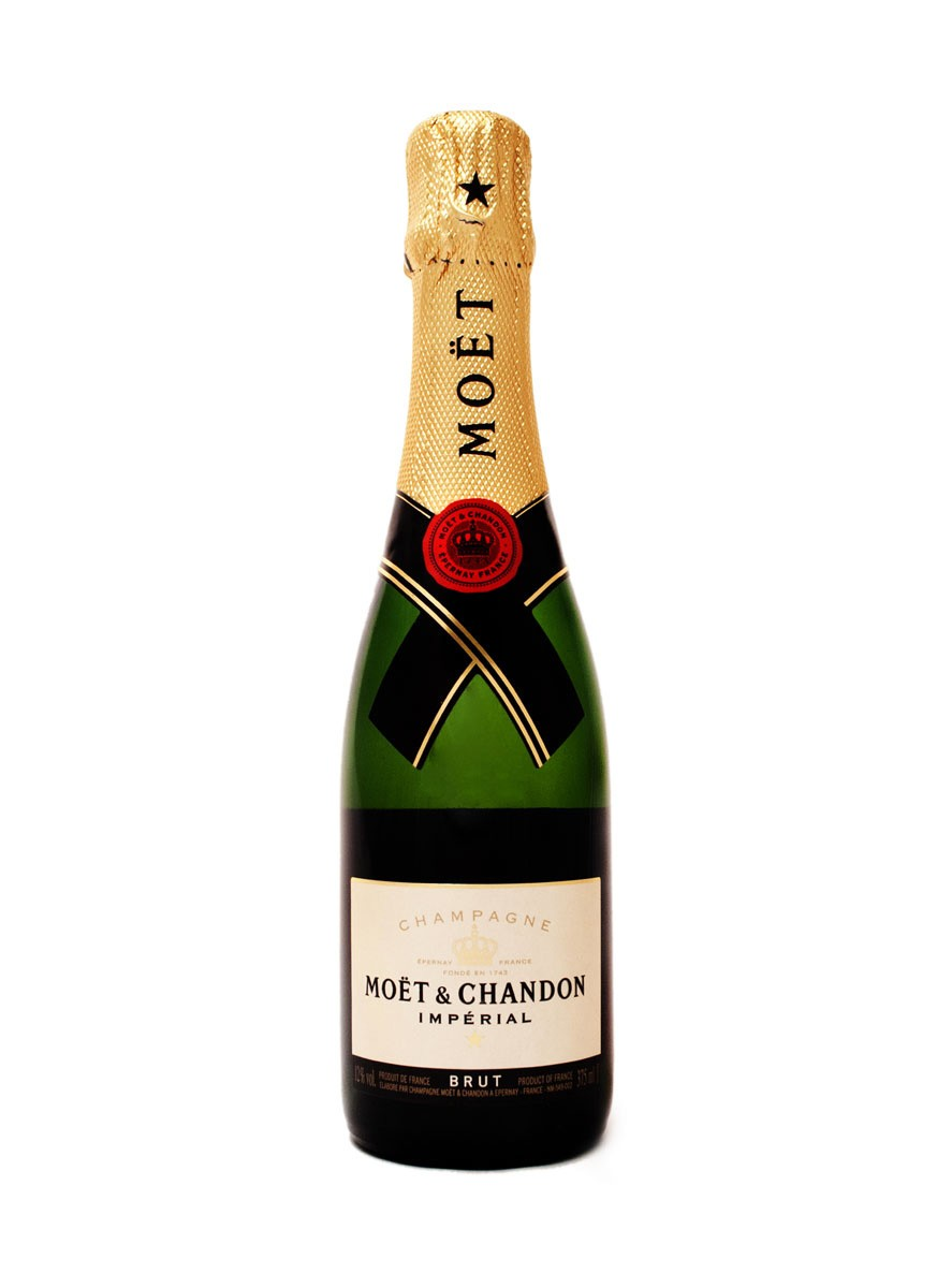10 Imperial White Bottle Moet PSD Images