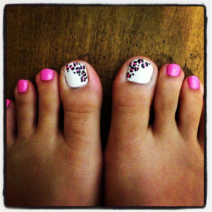 Pink and White Toe Nail Design
