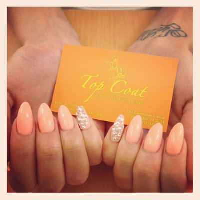 Pointed Gel Nails with Designs