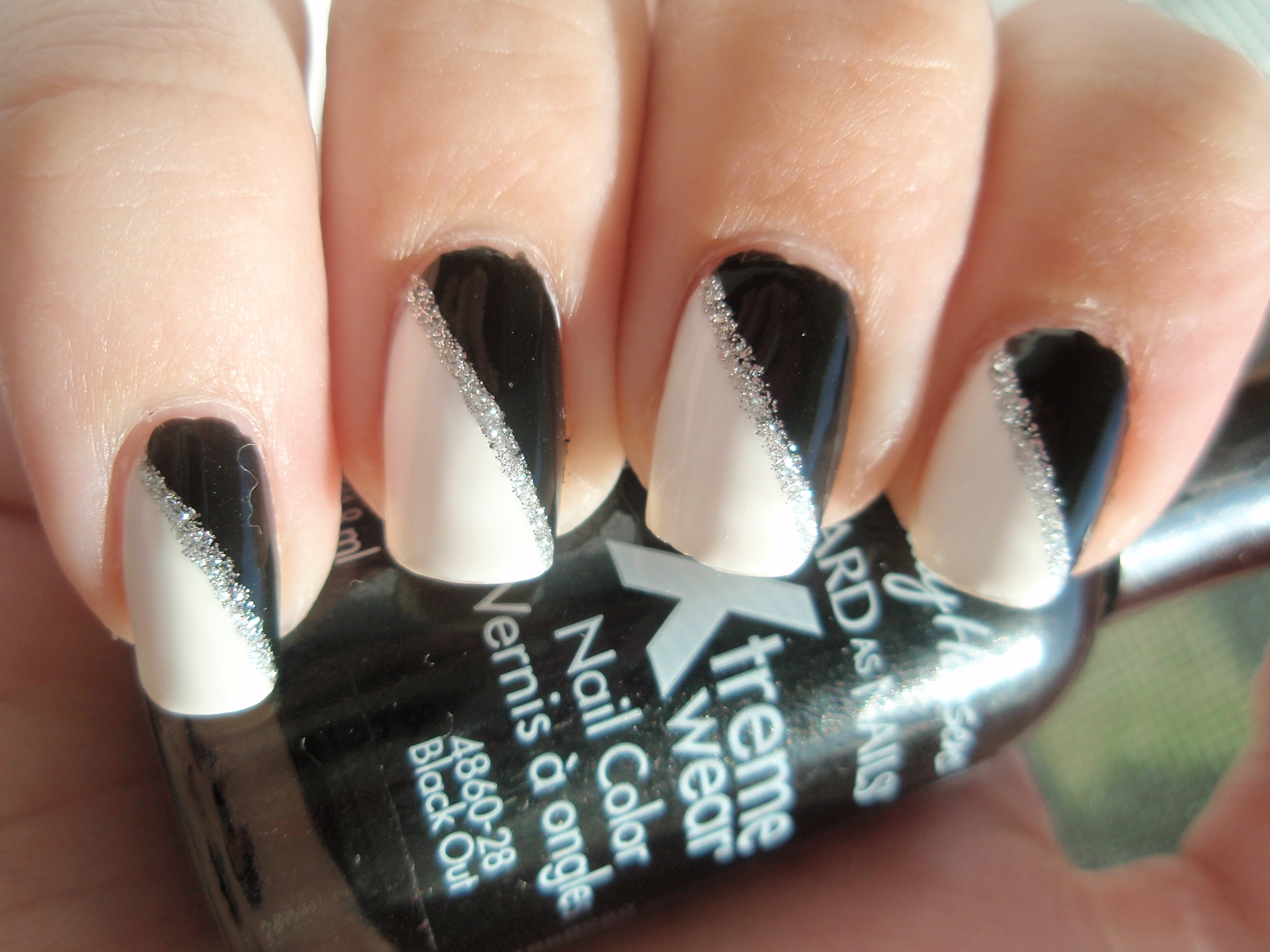 17 Black And White Nail Polish Designs Images