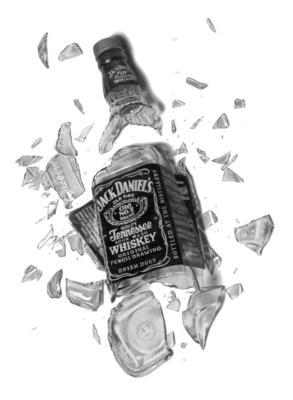 14 Broken Bottle PSD Images