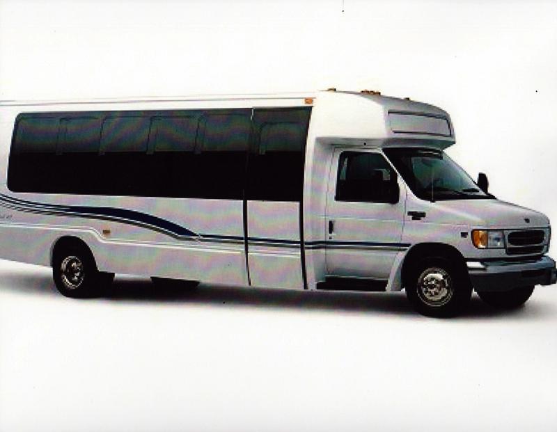 9 Shuttle Bus Graphics Images Shuttle Bus Clip Art