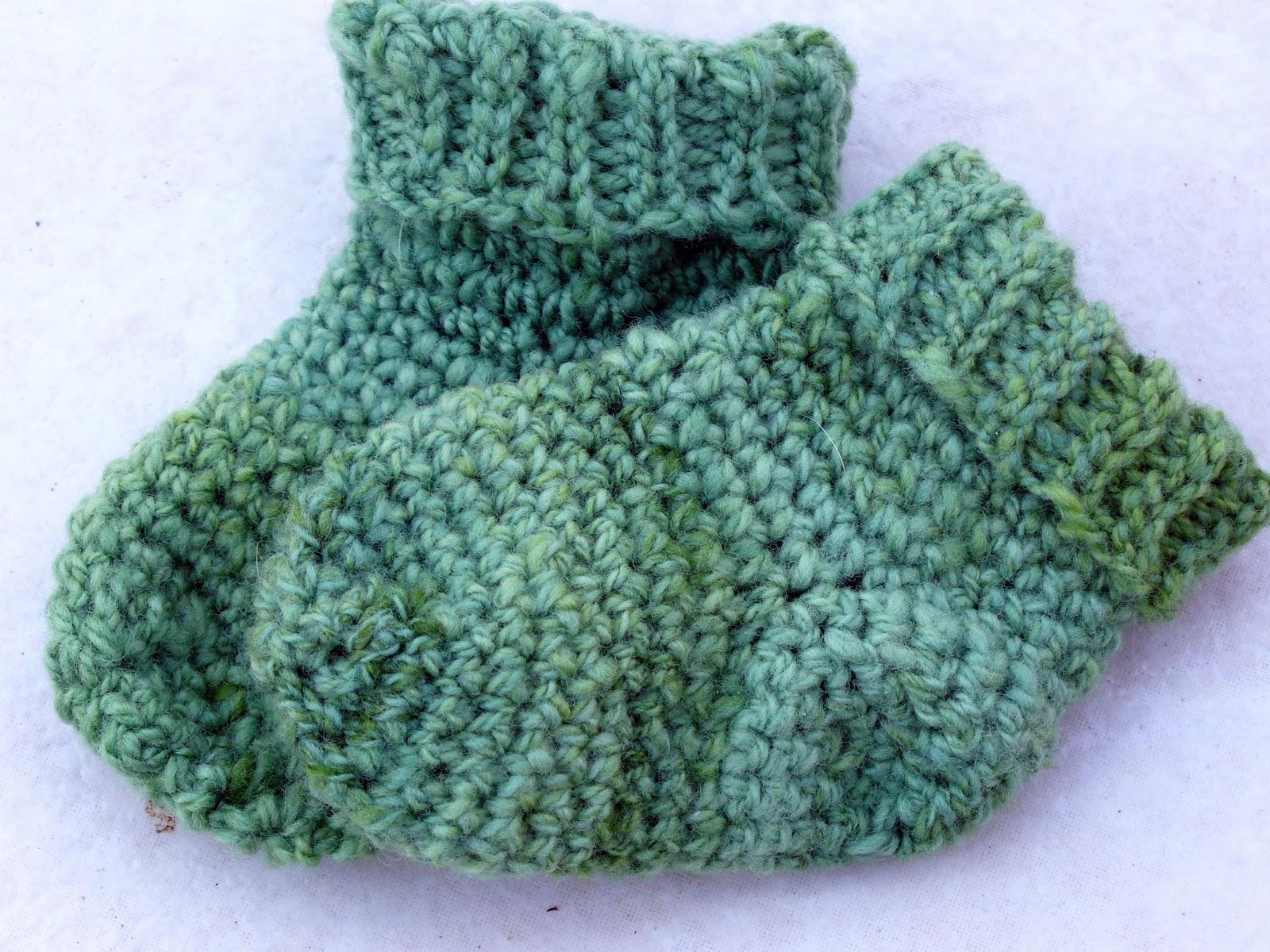 Free Crochet Baby Socks Pattern