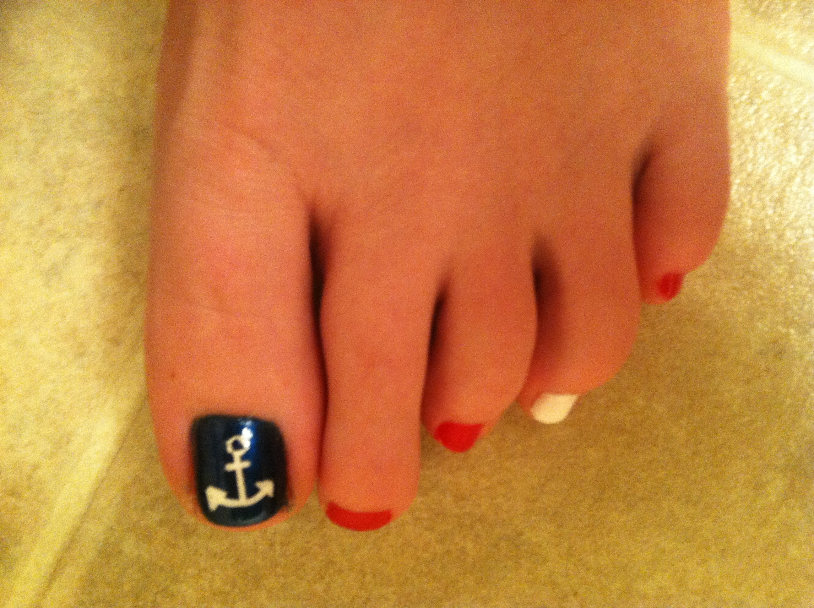15 Anchor Toe Nail Designs 2014 Images