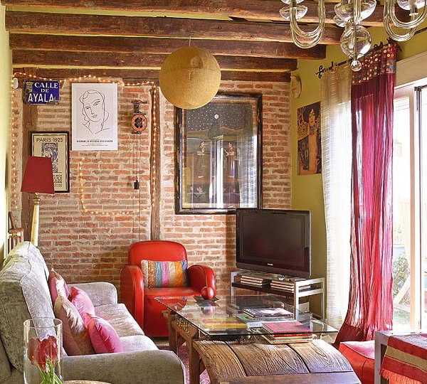 17 brick interior design ideas images painting brick for Brick wall interior living room