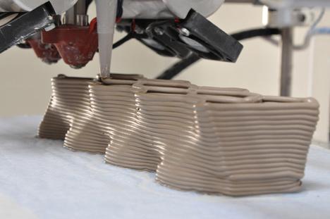 Building a 3D Printer Printing