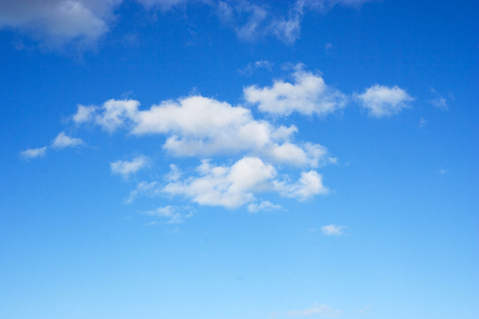 Free Images of Blue Skies with Clouds