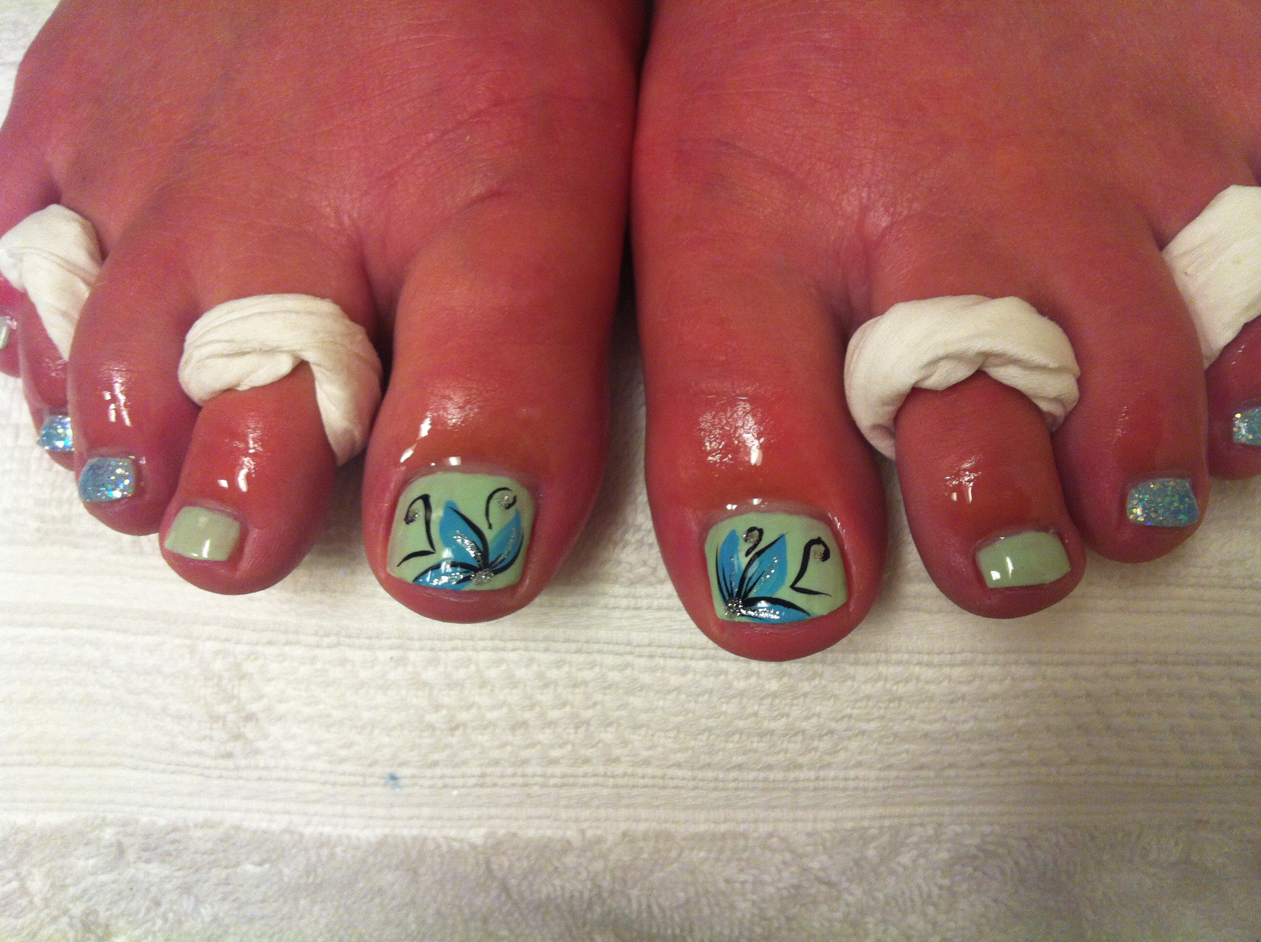 Blue Flower Toe Nail Art Designs