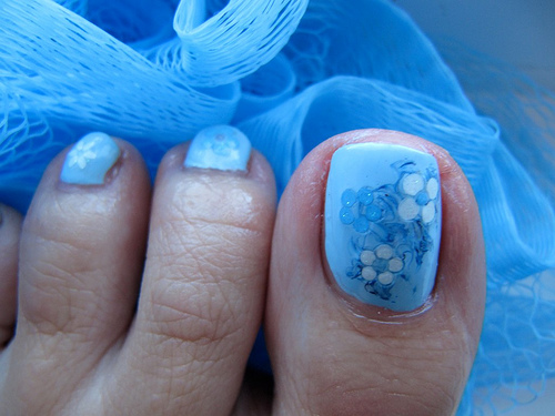 Blue Toe Nail Design