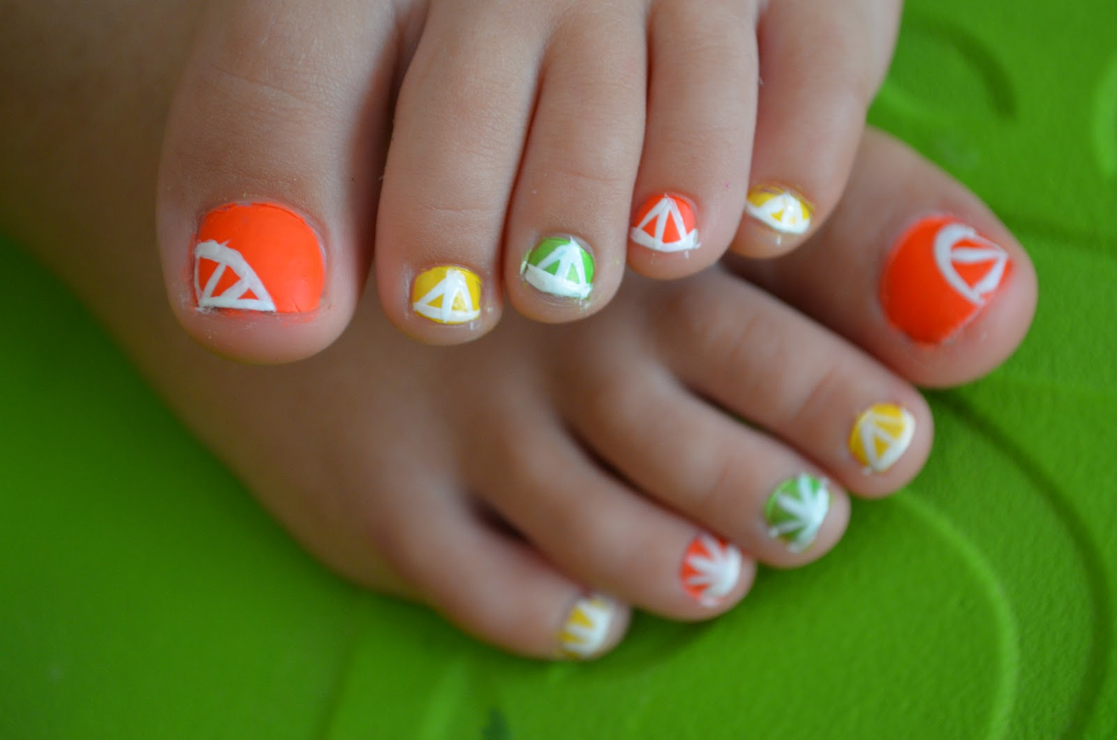 16 Easy Cute Summer Toe Designs Images Easy Summer Toe Nail