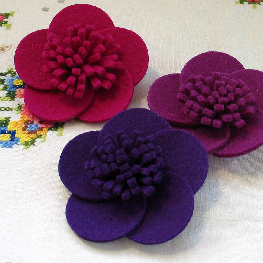 8 Felt Brooch Design Images