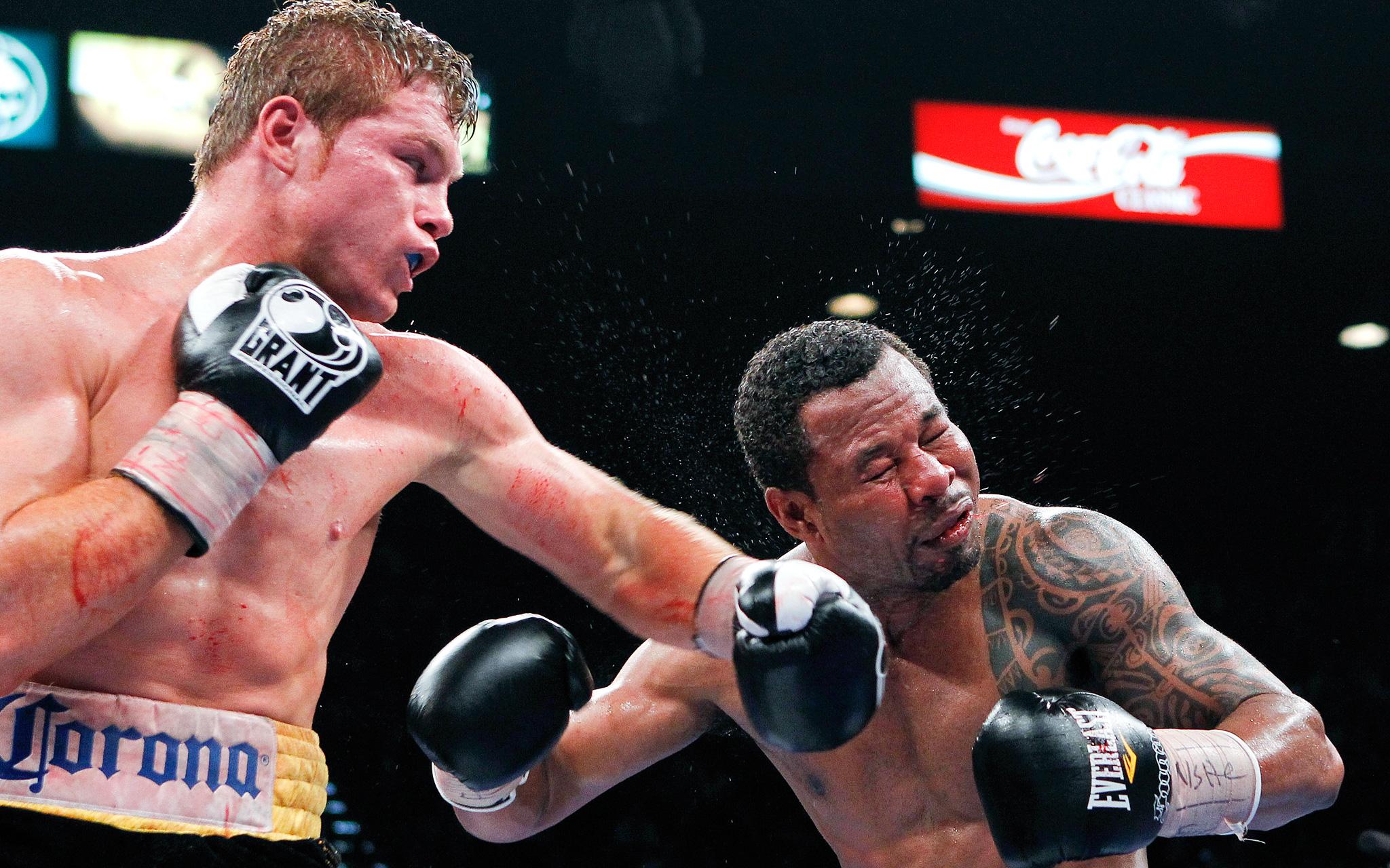 Canelo Alvarez vs Shane Mosley