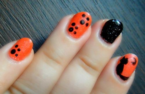 Black and Orange Halloween Nail Designs